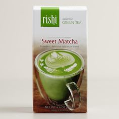 A blend of authentic matcha green tea and sweet cane sugar, this rich mix makes it easy to whip up your favorite matcha drinks. Combine with steamed milk for a decadent tea latte, or pour over ice with water and lemon for an uplifting refreshment.