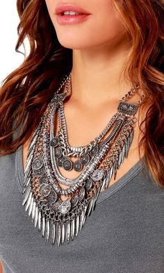 fa890ecc8928e 369 Best Accessories images   Jewelry design, Crown jewels, Jewelry
