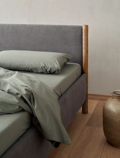 Get a good night sleep in this sustainable bed - september edit Natural Bedroom, Grey Headboard, Nordic Lights, Soft Blankets, Good Night Sleep, Bed Frame, Minimalist, Pillows, Furniture