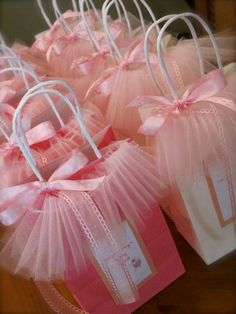 Cute diy gift bags for kids party or baby shower