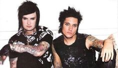 The Rev and Syn ♥ Avenged Sevenfold A7X  https://www.facebook.com/Tattooed-Hotties-232615227295938/