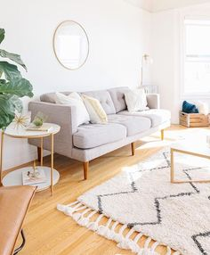 Living room love!  #hesbystyle  @theeverygirl_