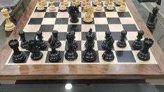 Arthur Series Chessmen are full Club sized chess pieces that have been named after the legendary British leader King Arthur. Beautifully handcrafted using high grade Ebony and Boxwood and hand polished to a beautiful shine. Wood Chess Board, Chess Pieces, King Arthur, Wooden Toys, Board Games, Mall, British, Club, Videos