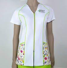 Imagen relacionada Scrubs Uniform, Scrubs Outfit, Nursing Clothes, Nursing Dress, Teacher Dresses, Long African Dresses, Medical Scrubs, African Fashion, Work Wear