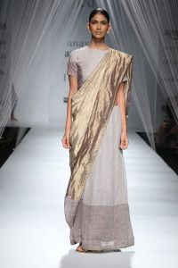 AIFW SS16: Anavila – earth angels  Read more: 13 Faves: Amazon Indian Fashion Week 2016 http://desi-stylebook.com/2015/10/13-faves-amazon-indian-fashion-week/