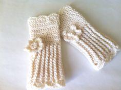 Crochet wrist warmer fingerless gloves by LittleAsiaGirl on Etsy Basic Crochet Stitches, Easy Crochet Patterns, Hand Crochet, Irish Crochet, Crochet Wrist Warmers, Hand Warmers, Lace Gloves, Crochet Gloves, Crochet Slouchy Hat