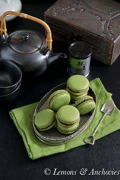 Matcha Green Tea Macarons with Chocolate Ganache- Japanese style afternoon tea! Chocolate Cream, Chocolate Ganache, Macarons Chocolate, Green Tea Macarons, Macaron Template, Matcha Tea Powder, Matcha Green Tea, Tea Ceremony, Sweets