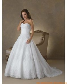 Romantische Brautkleider 2012 Bestverkauft aus Satin Herzausschnitt mit Schleppe