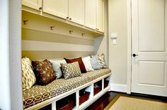 delightful entry   IHeart Organizing: Reader Space: Honey We're An Organized Home!
