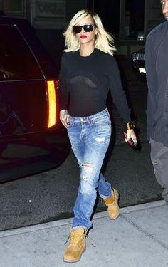 Rihanna Simple And Chic Street Style , Copy Her Style - Nona Gaya Fashion Killa, Look Fashion, Fashion Photo, Girl Fashion, Autumn Fashion, Fashion Outfits, Mode Rihanna, Rihanna Style, Rihanna Fenty