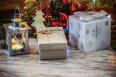 5 Effective Ways to Save Money During the Holidays