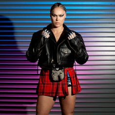 behind-the-scenes photos from WWE Evolution Ronda Rousey Photoshoot, Ronda Rousey Pics, Ronda Rousey Mma, Wrestling Superstars, Women's Wrestling, Wrestling Divas, Rhonda Rousy, Rousey Wwe, Wwe Divas Paige
