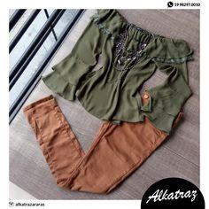 Boa tardeeee meninas!! Fechamos o dia com esse lindo conjunto.Que é uma ótima opção  para esse friozinho  #alkatraz #moda #araras #plussize