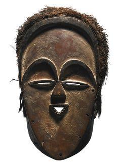 In Pursuit of Beauty: Die Myron Kunin Sammlung afrikanischer Kunst African Masks, African Art, Art Sculpture, Sculptures, Cool Masks, Masks Art, Baboon, Beautiful Mask, Pictogram