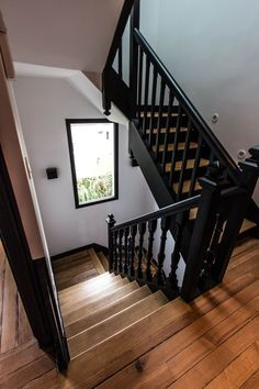 home remodeling / home remodeling . home remodeling on a budget . home remodeling ideas . home remodeling diy . home remodeling before and after . home remodeling on a budget fixer upper . home remodeling kitchen . home remodeling ideas on a budget Black Stair Railing, Black Stairs, Open Stairs, Wood Staircase, Staircase Design, Staircase Ideas, Black Painted Stairs, Craftsman Staircase, Metal Stairs