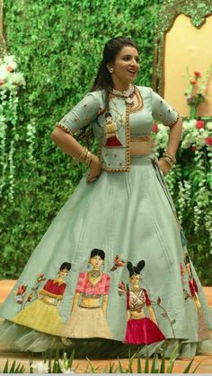 Indian Lehenga Choli Designs for Pre-wedding Functions Get the trending styles that are surely going to make you look like an ethereal queen and elevate your feminine allure on Threads. Lehenga Choli Designs, Saree Blouse Neck Designs, Fancy Blouse Designs, Lehenga Designs Latest, Ghagra Choli, Indian Lehenga, Red Lehenga, Indian Gowns, Arts And Crafts