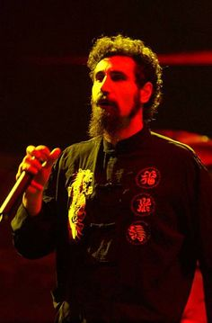 Serj Tankian 2002 Pictures and Photos - Getty Images Heavy Metal Rock, Heavy Metal Bands, Black Metal, The Band, System Of A Down, John Dolmayan, Armenian American, Downy, Rockn Roll
