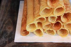 Krumkakeoppskrift med Hoff Potetmel Baked Pancakes, Food And Drink, Baking, Christmas, Xmas, Bakken, Navidad, Noel, Backen