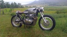 "The bike Dustin Kott of www.kottmotorcycles.com created for his junk yard challenge on the new show ""Naked Speed"" on Velocity by Cafe Racer TV. Watch Episode #1 FREE right now here: www.amazon.com/Loaded-Gun-Customs-Dustin-Kott/dp/B00SW7E1DU"