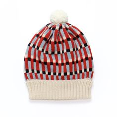 Candyland our new autum/winter collection of colorful knit accessories. Have a look at our cheerful knit hats, headbands and short mittens. Pom Pom Beanie Hat, Knit Beanie Hat, White Beanies, Accessorize Bags, Fair Isle Knitting, Knitting Accessories, Candyland, Retro, Bunt