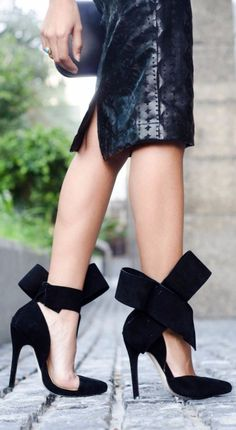 And the cutest black heels to buy on Amazon