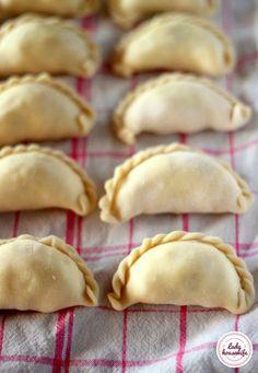 Najlepsze ciasto na pierogi Cooking Chef, Easy Cooking, Cooking Recipes, Macedonian Food, Polish Recipes, Christmas Cooking, Fruit Recipes, Yogurt, Food To Make