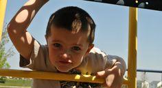 - Dziecko z zespołem Aspergera bardzo dużo słyszy i bardzo dużo czuje, jest wrażliwe na dotyk - mówi mama chorego chłopca   * * * * * * www.polskieradio.pl YOU TUBE www.youtube.com/user/polskieradiopl FACEBOOK www.facebook.com/polskieradiopl?ref=hl INSTAGRAM www.instagram.com/polskieradio
