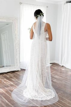 11 Wedding Veil Styles and Lengths to Know Before You Accessorize - Thinking of rocking this iconic wedding accessory? Get to know the difference between blusher, birdcage, cathedral, and other types of veils right here. chapel length veil, white {Petal & Veil} Chapel Length Veil, Chapel Veil, Veil Length, Types Of Veils, Veil Types, Wedding Dress Trends, Wedding Dresses, Wedding Ideas, Wedding Attire