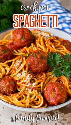 This crock pot spaghetti is homemade beef meatballs that are simmered in tomato sauce, then tossed with spaghetti to make an easy and hearty meal. Spaghetti Dinner, Spaghetti Recipes, Pasta Recipes, Rice Recipes, Delicious Crockpot Recipes, Slow Cooker Recipes, Healthy Recipes, Yummy Recipes, Yummy Food