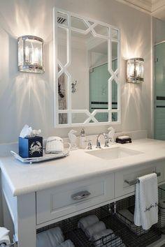 Deco 79 Wood Coastal Living Metal Box, 14 by Black, Set of 2 - Home Style Corner Unique Bathroom Mirrors, Bathroom Lighting Design, Bathroom Light Fixtures, Simple Bathroom, Bathroom Interior Design, Interior Design Tips, White Bathroom, Beautiful Bathrooms, Design Ideas