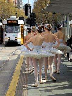 I'm just gonna wait for the bus. In a tutu... and pointe shoes. :) #ballet…