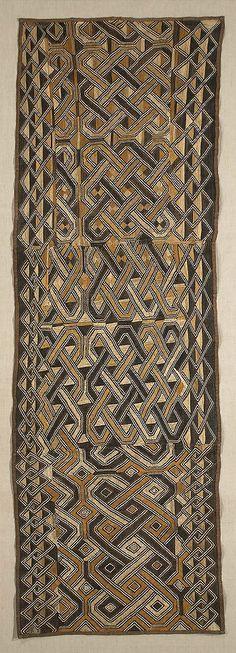"""Ndengese Waist Wrap Kuba.  The Congo 24½""""x 72½"""" Raffia flat stitching"""