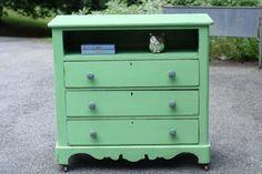 Primitive & Proper: A Clover Green Dresser: My First Webster's Chalk Paint…