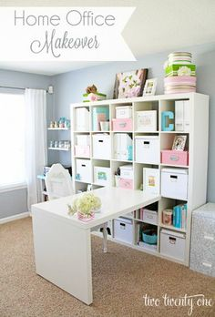 I love how beautiful and soft the colors of this craft room are--great inspiration on how to organize an EXPEDIT.