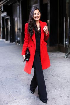60 Casual Fall Work Outfits Ideas Winter Outfits, It is very important to make your work outfits work. To help you give some outfit ideas, here are stylish, yet professional casual fall work outfits i. Classy Outfits, Cute Outfits, Work Outfits, Office Outfits, Casual Outfits, Denim Outfits, Office Attire, Red Coat Outfit, Dress Red