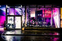 Eventplace 320WEST - Hochzeiten, Meetings, Kochworkshops - Hochzeitslocation in Zürich #Loft Workshop, Partys, Loft, Neon Signs, Atelier, Work Shop Garage, Lofts, Attic Rooms, Attic