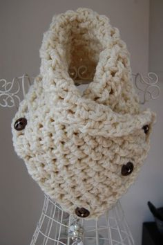 CRAFTY RED: Lattice Crochet Neck Warmer pattern. Use 10mm hook and only chain 20.