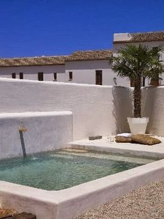Swimming Pool Ideas : Bungalow Rental: 3 Bedrooms, Sleeps 8 in Denia Holiday Rental in Denia from Small Backyard Pools, Small Pools, Outdoor Spaces, Outdoor Living, Swiming Pool, Plunge Pool, Dream Pools, Cool Pools, Pool Houses