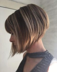 Women Hairstyles Popular Haircuts Top 25 Light Ash Blonde Highlights Hair Color Ideas For Blonde And Brown Hair Messy Blonde Bob, Blonde Bob Haircut, Blonde Bobs, Ash Blonde Highlights, Light Ash Blonde, Textured Bob Hairstyles, Textured Hair, Shag Hairstyles, Hairdos