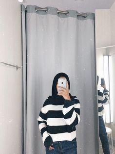 Casual Hijab Outfit, Ootd Hijab, Girl Hijab, Selfi Tumblr, Muslim Fashion, Modest Fashion, Teenager Photography, Hijab Cartoon, Hijab Fashion Inspiration