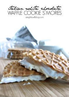 Italian white chocolate s'mores - I love the idea of using waffle cookies instead of graham crackers. I'd go with Nutella instead of white chocolate Fun Desserts, Delicious Desserts, Dessert Recipes, Yummy Food, Tasty, Waffle Cookies, Cookies Et Biscuits, Yummy Treats, Sweet Treats