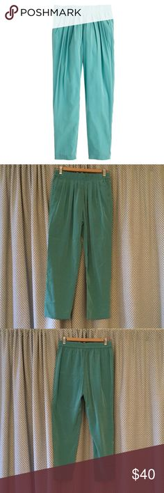J. Crew green pleated pull on pants So easy to dress these up with a blouse or start casual with a t-shirt! Has pockets. Brand new with tags. Polyester, elastic waist. J. Crew Pants Ankle & Cropped
