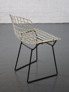 Harry Bertoia Dining chair  HALP HALP HALP ME with suggestions for dining chairs! Theme is black white natural - relaxed, light and not too wide ... HELP! Ideas please!