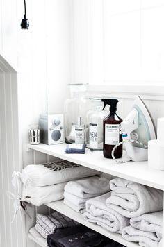 Lavandería en casa: inspiración y compras : via MIBLOG