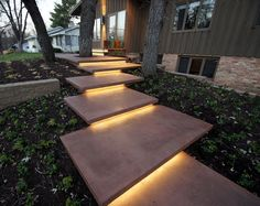 40 Beautiful Lighting Ideas for Front Yard The front yard decor is an important part of increasing the attractiveness of your home front. Lighting is important for decorating your front yard. Front Yard Walkway, Front Yard Decor, Modern Front Yard, Front Yard Landscaping, Landscaping Ideas, Front Yards, Stair Lighting, Lighting Ideas, Outdoor Lighting