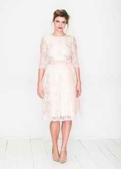 elfenkleid: feel modern yet romantic white romance Formal Dresses, Wedding Dresses, White Dress, Romantic, Modern, Business, Board, Fashion, Gown Wedding