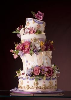 bolo de casamento assimétrico