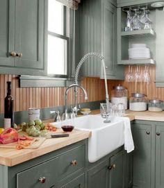 Love this cabinet color!! Benjamin Moore's Mohegan Sage