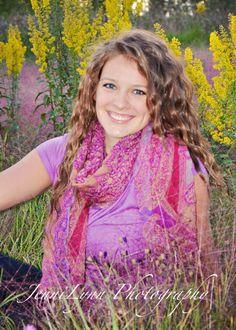 #senior girl, #senior, #photography, #outdoor, #field, #flower, #pretty, #pose, #jennilynnphotography