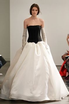 Vera Wang – Spring 2014 Bridal Collection